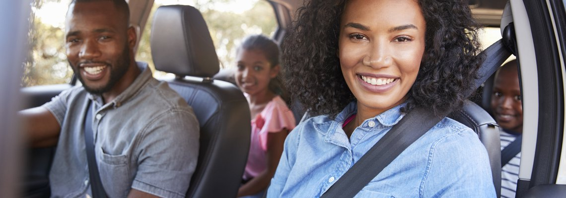 seat belt wearing family
