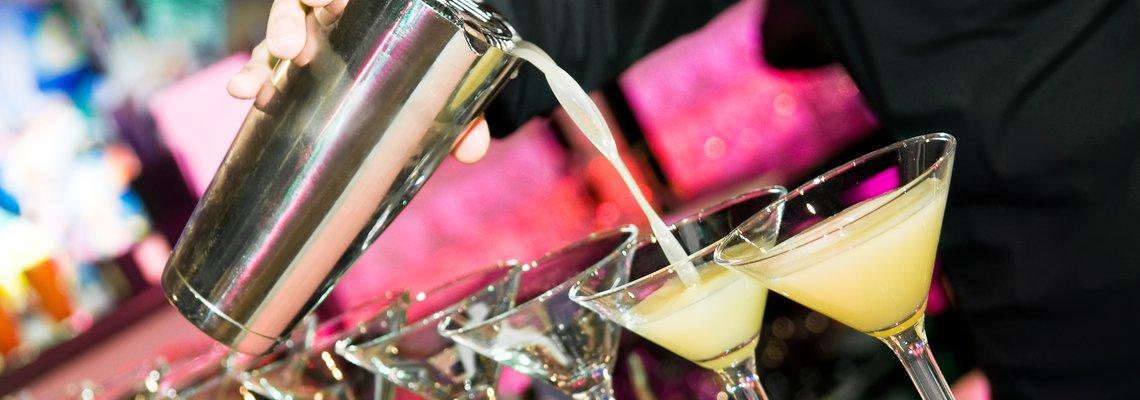 bartender pours.jpg