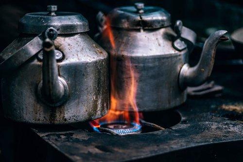 teapots under flame