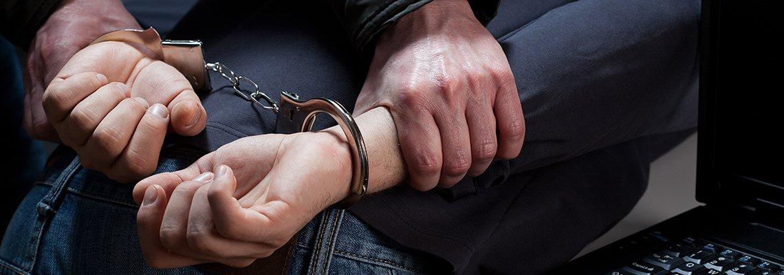 handcuffs-computer.jpg