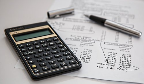 calculator and taxes