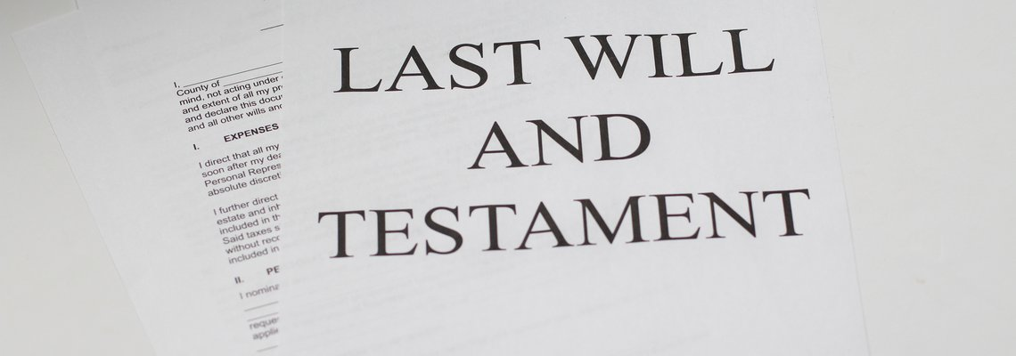 Document with Last will and testament on it