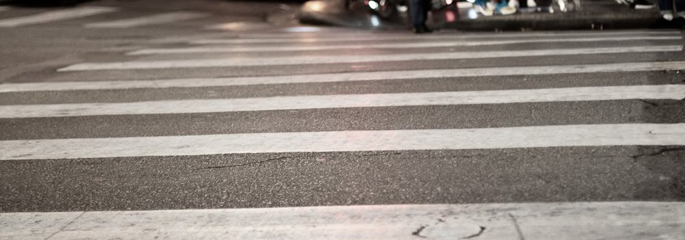 Pedestrian cross walk lines