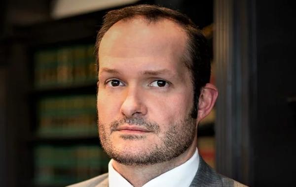 Jonathan Kurtz attorney headshot