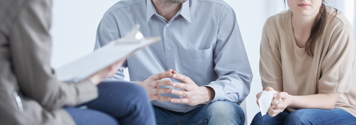 couple at divorce mediation