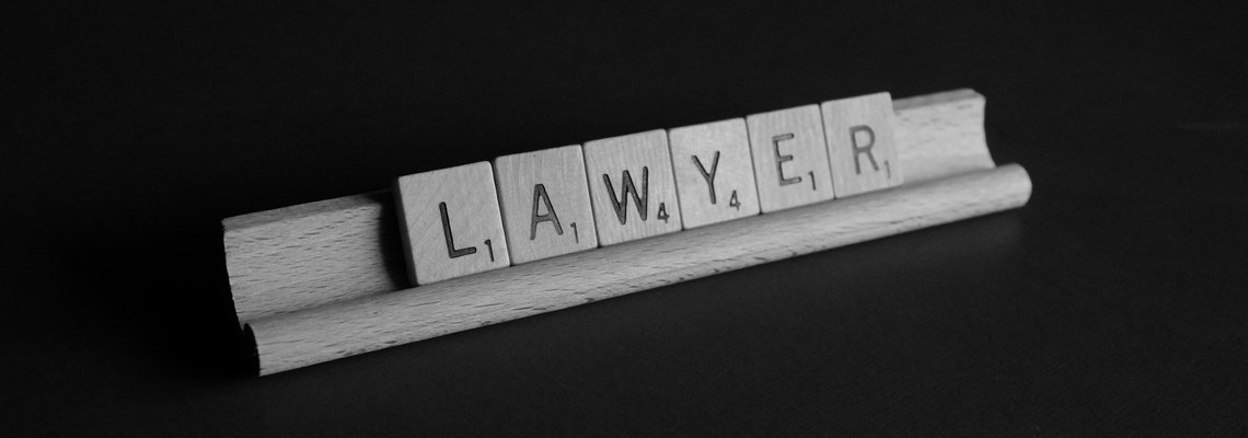 how to choose a law firm