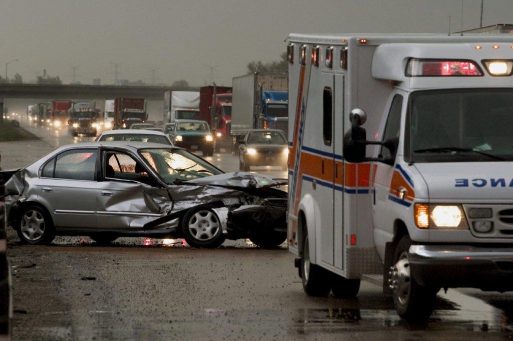 accident-car-ambulance-1024x682.jpg